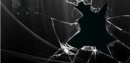 打碎玻璃的游戏