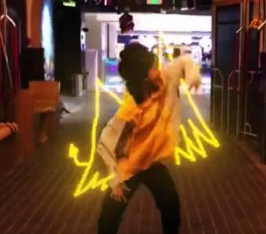 抖音跳舞光環特效相機