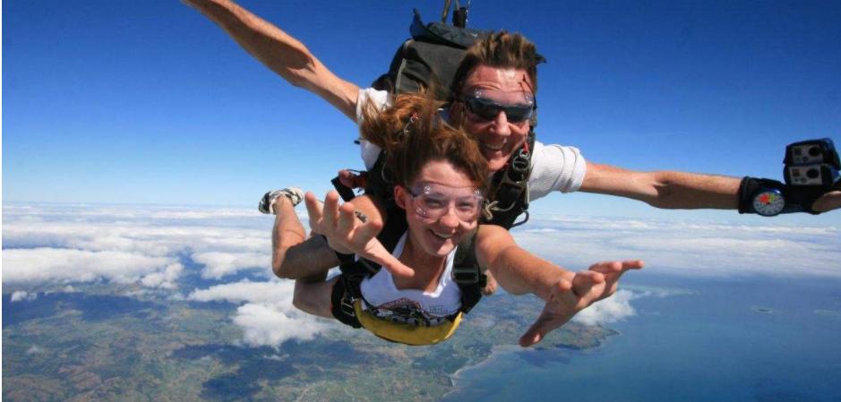 好玩的手机跳伞游戏
