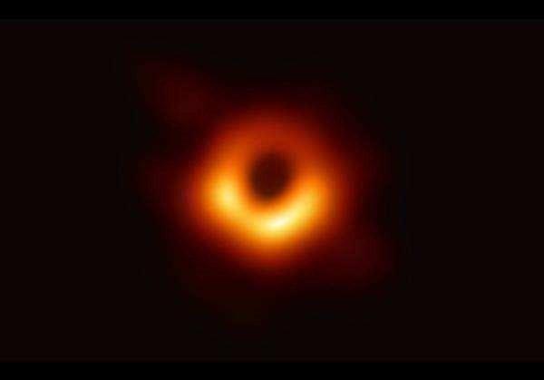 黑洞繪畫高清圖片